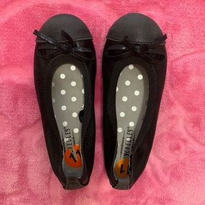 NWOT Black girls dress flats